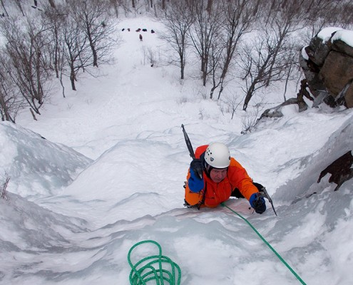 IMCS-intermediate-ice-climbing-3